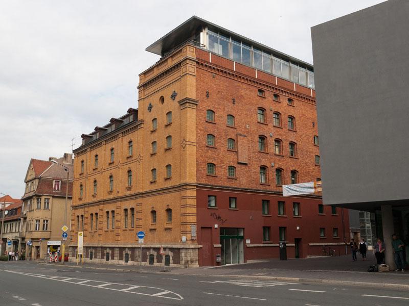 Steubenstraße 8, 2002-04-30