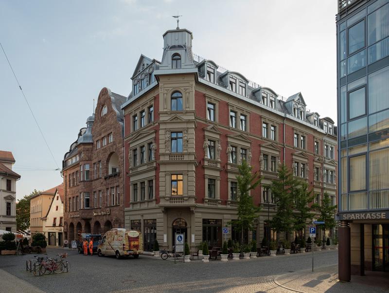 Der Puschkinstraße 1 neue Kleider, 2012-04-23