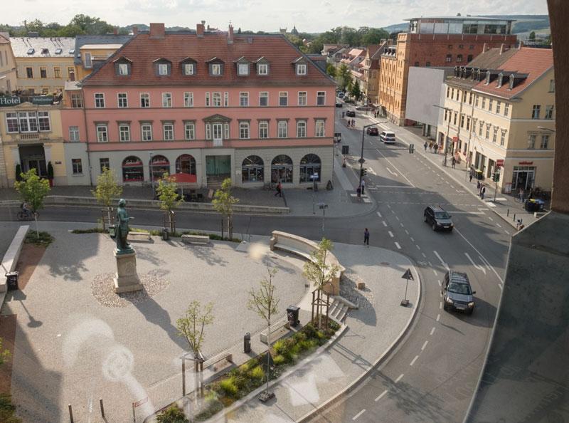 Der Wielandplatz im 21.Jahrhundert, 2004-02-10