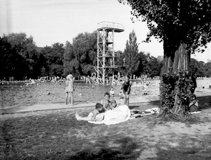 Sprungturm im Schwanseebad, 2021-08-12